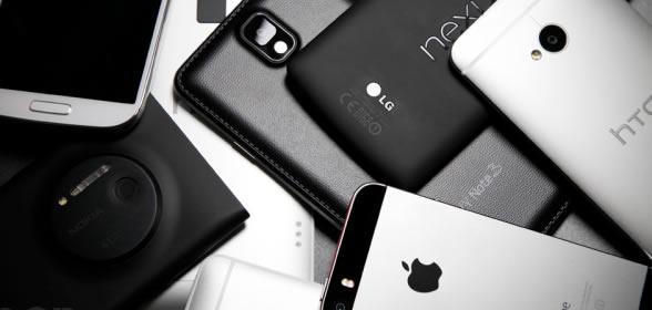 cellulari bianco e nero